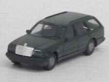 Mercedes-Benz 300 TE in olivgrün, o. OVP, Herpa, 1:87