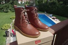 NIB Clark's Ladies Brown Leather Tie Leather Ankle boots Size 6 1/2 M