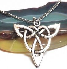 "TRIQUETRA_Pendant on 18"" Chain Necklace_Celtic Knot Irish Trinity Silver_194N"