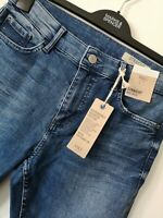 LADIES M&S SIZE 14 EXTRA SHORT INDIGO MID RISE STRAIGHT STRETCH JEANS FREE POST