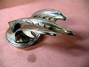 1931-32 CHEVROLET EAGLE RADIATOR CAP MASCOT