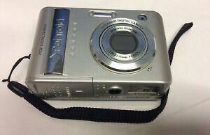 Polaroid 10 Digital Camera - Silver. i1032 Used