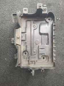 VAUXHALL CORSA VXR BATTERY TRAY AND CLAMP 2007 D MODEL