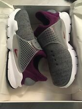 New Boxed Nike Dart Socks UK Size 8 In Dark Grey And Burgundy