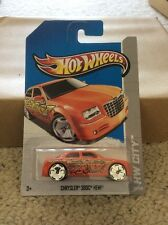 Hot wheels 2013 Chrysler 300c Hemi Mopar Srt8 Bling