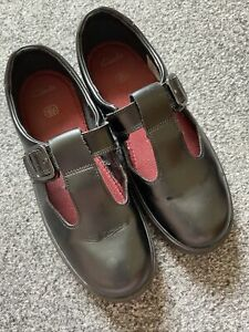 Clarks Shoes Size 3F