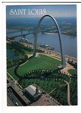 Postcard: Jefferson National Expansion Memorial, St Louis, Missouri, USA