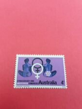 Australia Stamp seated women 1967 mint 428