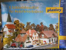 Plastoy / Faller H0 Set Sonnenbühl 5 Bausätze Bahnhof, Feuerwehr, Kirche  NEU