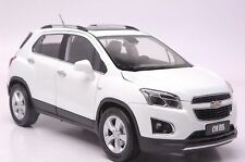 Chevrolet TRAX car model in scale 1:18 white