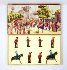 BRITAINS Lead Toy Soldier DUOCROWN RANGE HUSSARS & INFANTRY OF THE LINE SET #25s