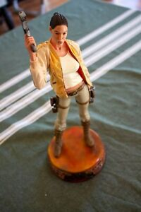 Lara Croft Tomb Raider Limited Edition Statue Numéroté Occasion bon état