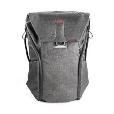 Peak Design Everyday Backpack 30l in Charcoal Grey