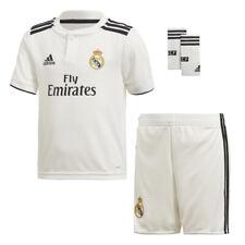Real Madrid Trikot Hose Stutzen Größe 116 Minikit Beflockung Jovic Hazard Kroos