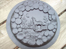 Wolf stepping stone mold concrete plaster mould