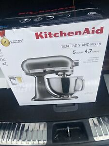 KitchenAid KSM150PSOB Artisan Series 5 qt. Tilt-Head Stand Mixer - Onyx Black