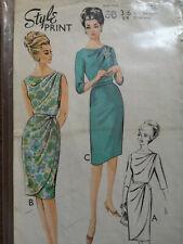 Vintage sewing Dress  pattern Style 1586