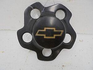 Chevy S10 Alloy Wheel Center Cap Black Chevrolet Blazer OEM 15710406 94 95