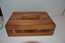 Vintage Usa Wooden Wood Inlay Montag'S Covered Trinket Box