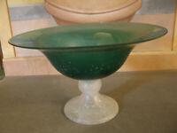 Bellissimo CENTROTAVOLA Vetro Verde Int. Bianco d 34 cm h 20 cm