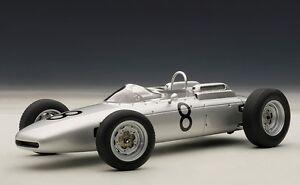 86272 AUTOart 1:18 Porsche 804 F1 Nurburgring 1962 #8
