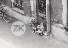 UN COEUR GROS COMME CA François REICHENBACH Fille ENFANT Vélo Rue Paris Photo 62