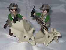 Playmobil / 2 Dino Rangers mit Triceratops-Schädel / Figuren / Neu / Limitiert