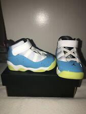 Sneakers Boys Girls Jordan 6 rings Size 4