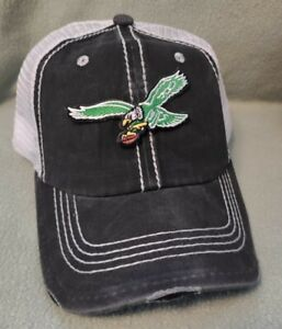 Philadelphia Eagles Distressed Deluxe Throwback Black Washed & White Mesh Hat