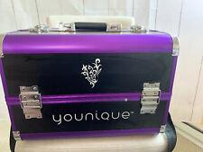 Younique Selfie Trunk Case Make-up. Purple.