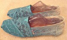 EUC! Women's Toms Blue/White Ombr�� Crochet Shoes (Sz W12) Great Color/Style!