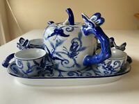VINTAGE BOMBAY BLUE BUTTERFLY TEAPOT W/4 CUPS AND SERVING TRAY