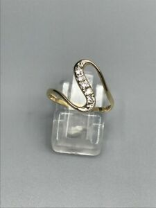 9ct gold cubic zirconia snake ring