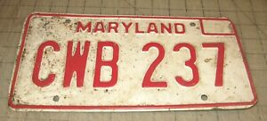 "1975-80 Single MARYLAND Metal LICENSE PLATE ""CWB 237"" White with Red Lettering"