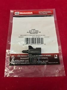 New Genuine OEM Motorcraft Ambient Air Temperature Sensor DY-1160 AU5Z-12A647-B