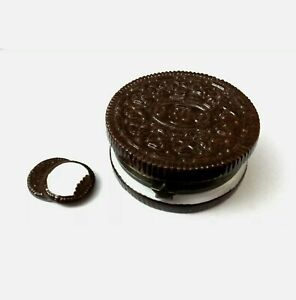 Oreo Cookie Hinged Trinket Box, Midwest of Cannon Falls, With Cookie Wafer Charm