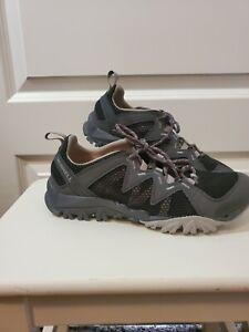 Merrell women's Tetrex Rapid Crest Water Shoe, Black w/ purple laces # 12852