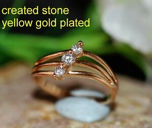 1.5mm DIAM0ND 3 stones ring size P 8