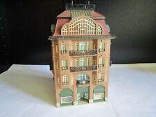 Vollmer 23576 H0 Fertigmodell Modellbahnabbau Stadthaus mit Mansarde TOP