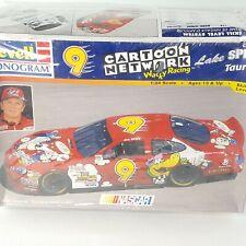 Revelle 1998 Nascar 9 Cartoon Network Wacky Racing Lake Speed Taurus 85-2563