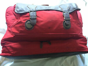 """Marlboro Country Store Red Leather Duffle Bag Travel Luggage 22"""" x 17"""" x 12"""""""