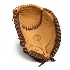 "Nokona Alpha 32.5"" Fastpitch Softball Catcher's Mitt SV2"