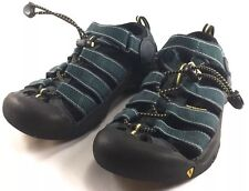 Youth KEEN athletic sandals size US 3 M solid slip on shoes