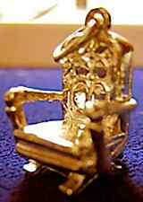 LOOK MEDIEVAL castle throne King 3D chair charm Gold plated