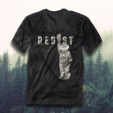 'Resist' Smokey the Bear Premium Tee - Black (X-Large)