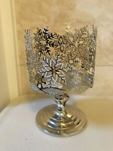 Bath & Body Works Silver Snowflakes Pedestal Candle Holder 3 Wick NEW Free Ship