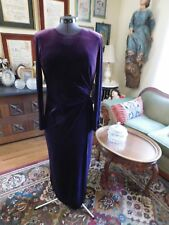 BEAUTIFUL MOTHER OF THE BRIDE OR GROOM DEEP PURPLE VELOUR FITTED DRESS S12
