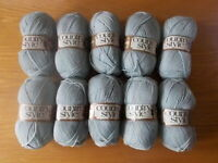 10 x 50g SIRDAR COUNTRY STYLE 4 PLY COL CODE 448 PALE GREEN - KNITTING YARN WOOL