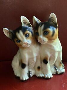 "Vintage orange/beige / black kittens figurine 2 cats porcelain kitties 6,5"" Tall"