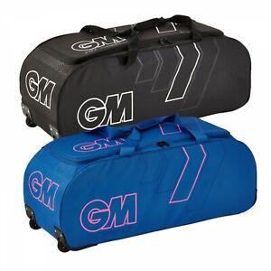 2021 Gunn and Moore 707 Cricket Wheelie Bag Size - 90cm x 32cm x 32cm